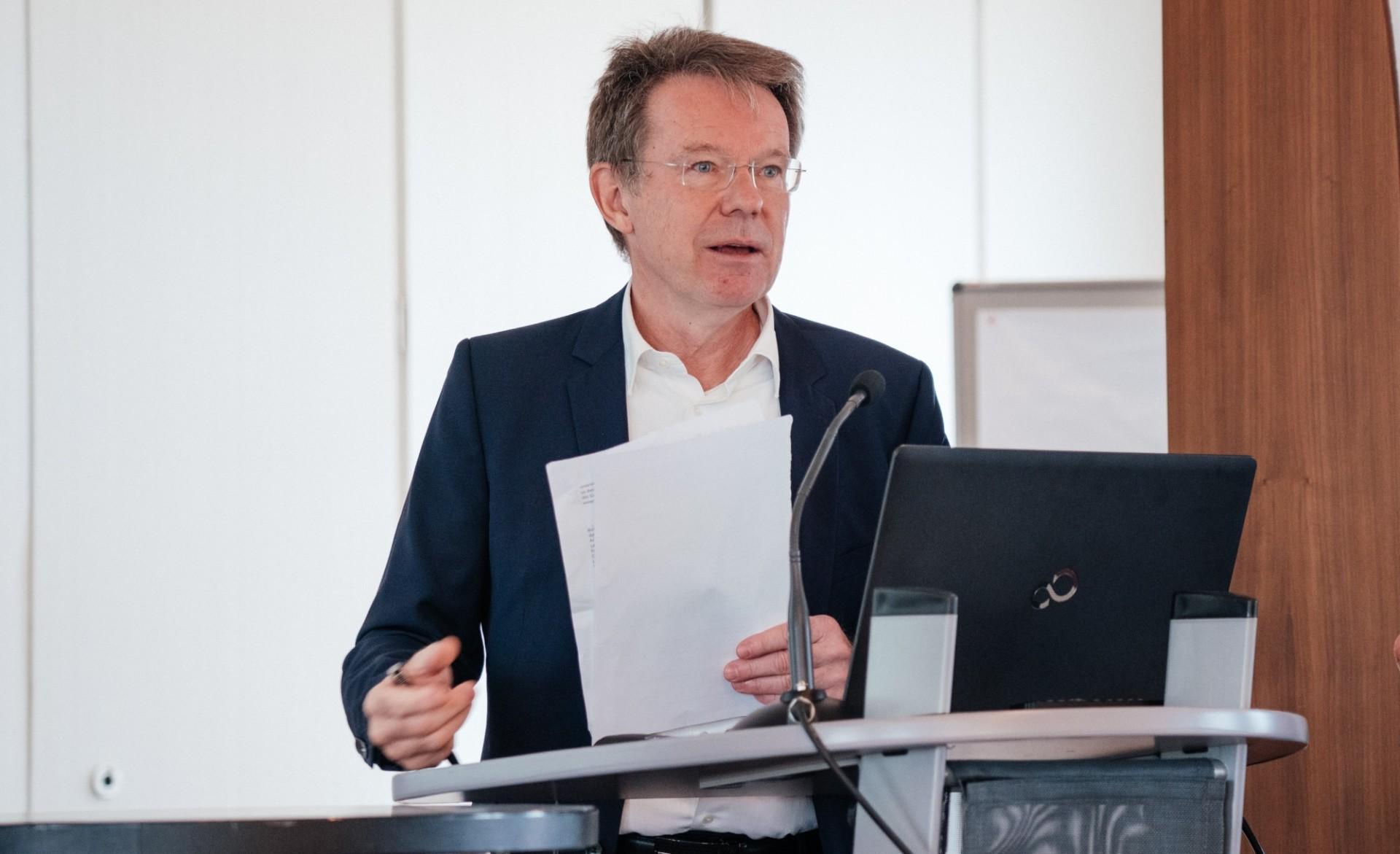 Prof. Norbert Roeder ZENO